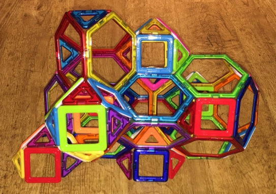 Cantic cubic honeycomb