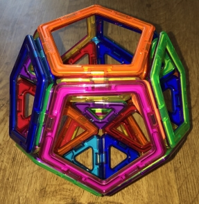 Decomposition of Dedocahedron (rear view)